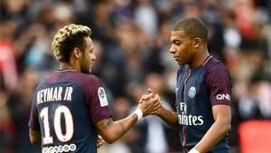 Neymar y Mbappé, 2 cracks en diferente sintonía. Foto diario Sports